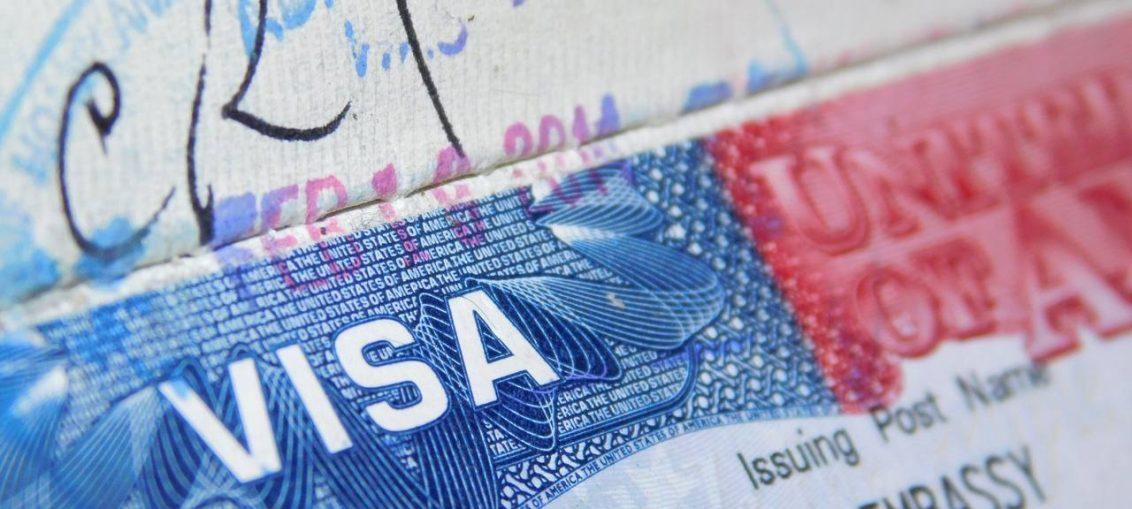 Est-ce qu'une demande ESTA peut remplacer un visa de travail ?